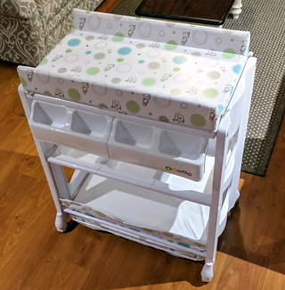 4Baby Deluxe Bath and Change Table