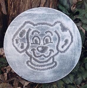 plastic-plaque-mold-dog-dalmatian-garden-ornament-casting-plaque-mould