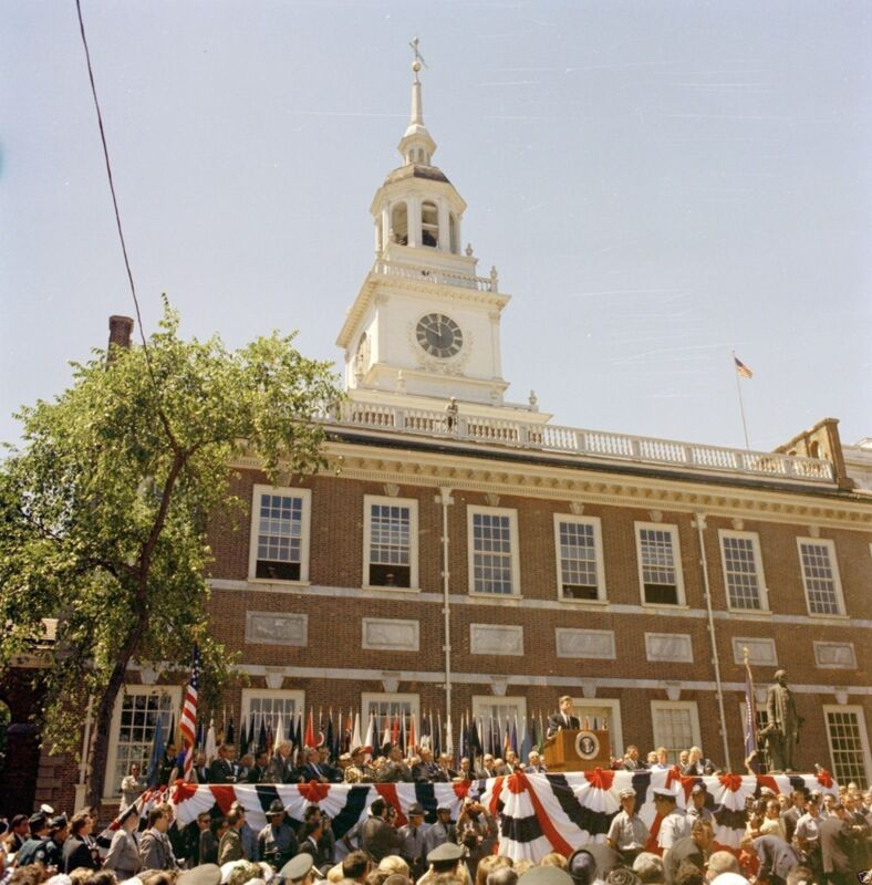 President John F. Kennedy speaks at Independence Hall 1962 - New 8x10 Photo