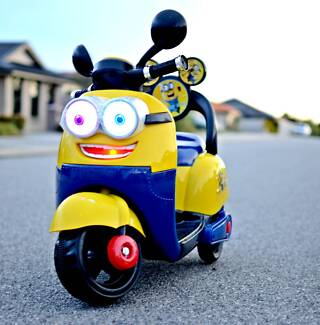 Cute Minions Electric Scooter Brand New
