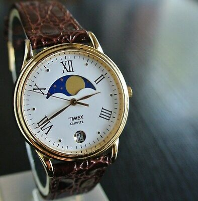 VINTAGE TIMEX DATE ELEGANT MOON PHASE DIAL QUARTZ MEN'S LEATHER DRESS WR WATCH  Mens Classic Dress Watch