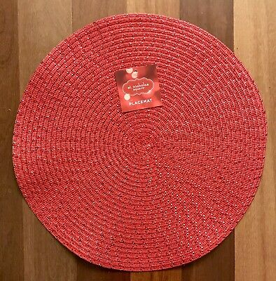 Red Round Placemats (NEW St. Nicholas Square Round Red Metallic Placemats Christmas)