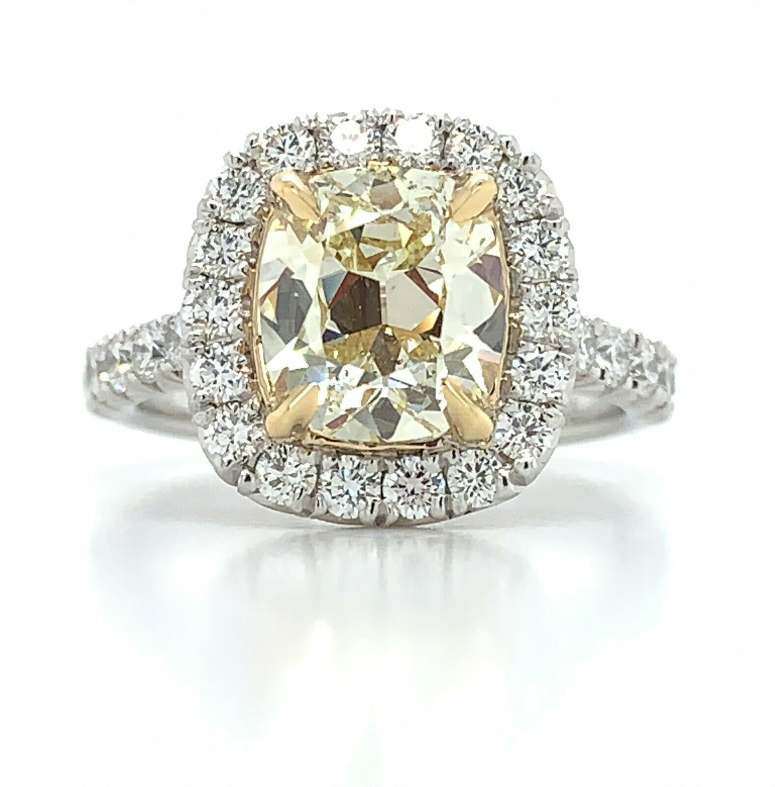 HENRI DAUSSI FANCY YELLOW CUSHION 2.85ct t.w. ENGAGEMENT RING GIA $13.335+TAX