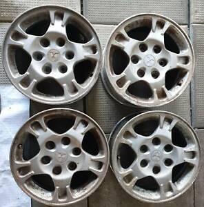 Mitsubishi Pajero Mag Wheels x 4, 6 studs, 16 inches rims