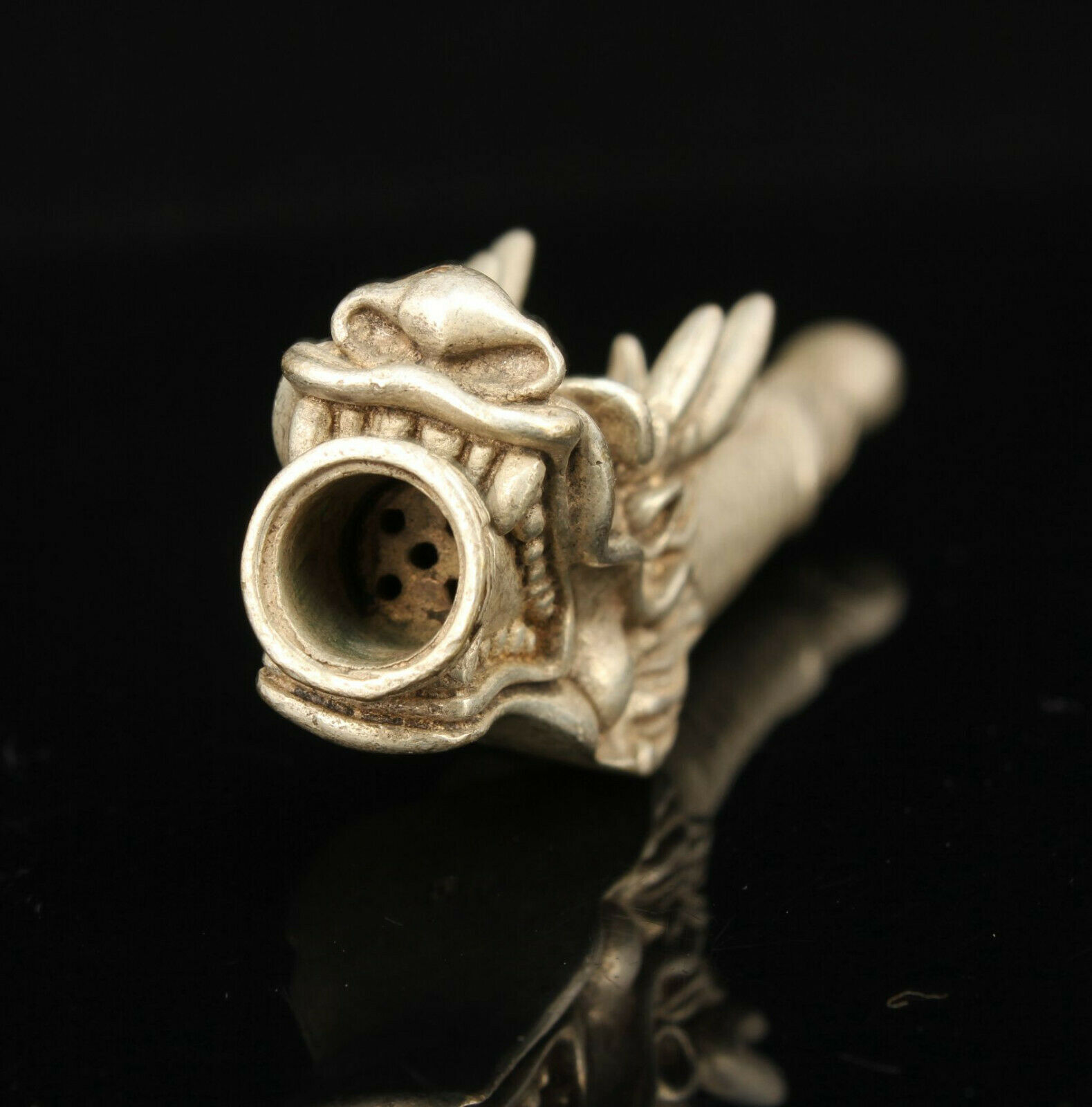 Chinese Collectible Hand-carved Dragon Head Retro Tibetan Silver Tobacco Pipe