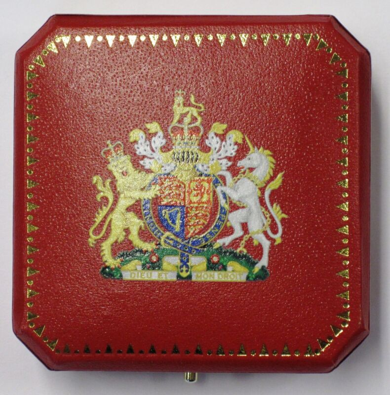 UK British Britain Royal English King Queen Coin Medal Case Box HMS BEF RAF Arms