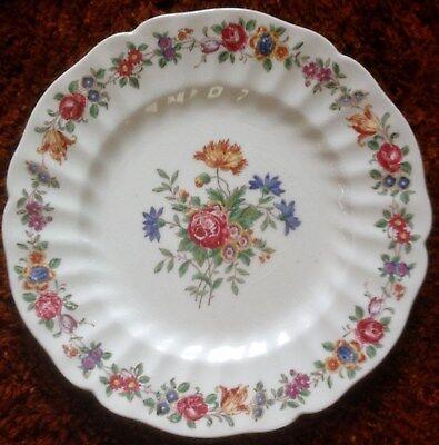 Vintage Royal Doulton. A pretty cake / sandwich plate.