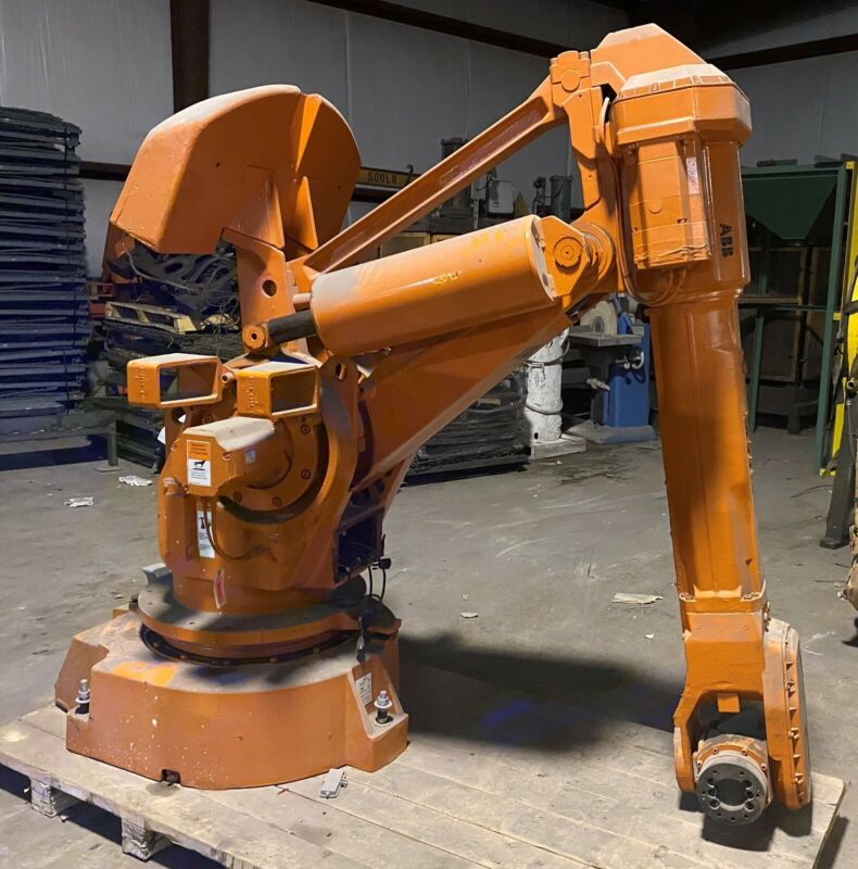 ABB IRB 6400 Robot - M97 with controller