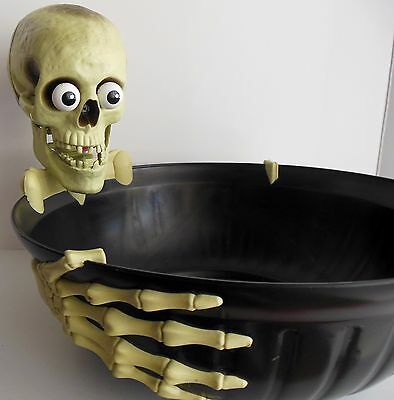 Animated Skeleton Gemmy Talk Candy Dish Bowl MOTION ACTIVATED Halloween Skull](Talking Halloween Bowls)