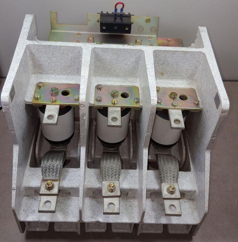 CV452J-HAT Toshiba 2.5/5KV-450A-25/50MVA 50-60Hz Vacuum Contactor