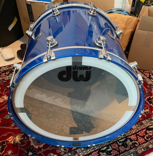 """DW Performance Series Bass Drum - 21"""" x 22"""" Blue - Slightly used with soft case"""