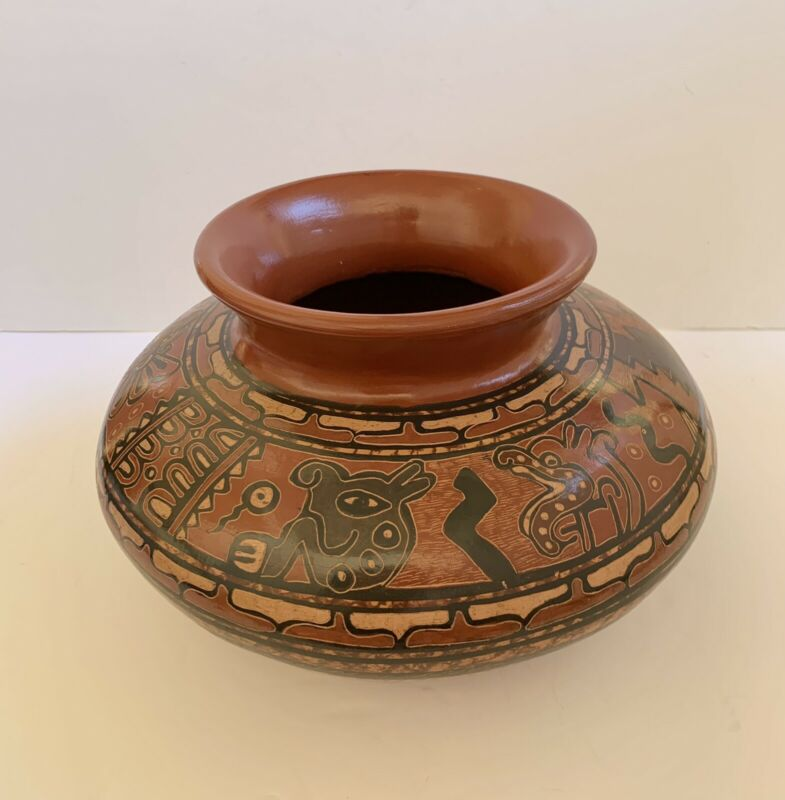 Art Pottery Bowl Vase San Vicente Nicoya Chorotega Pre-Columbian Style Signed