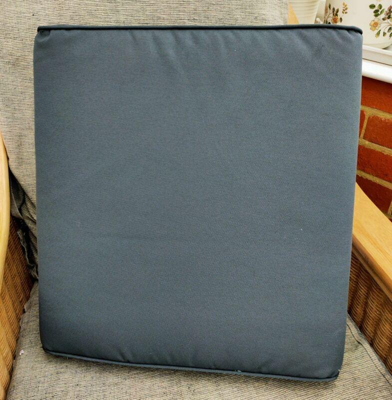 1+Footstoot+Cushion+Bramblecrest+Monterey+RMRFS1W+Charcoal+Waterproof+Garden+New