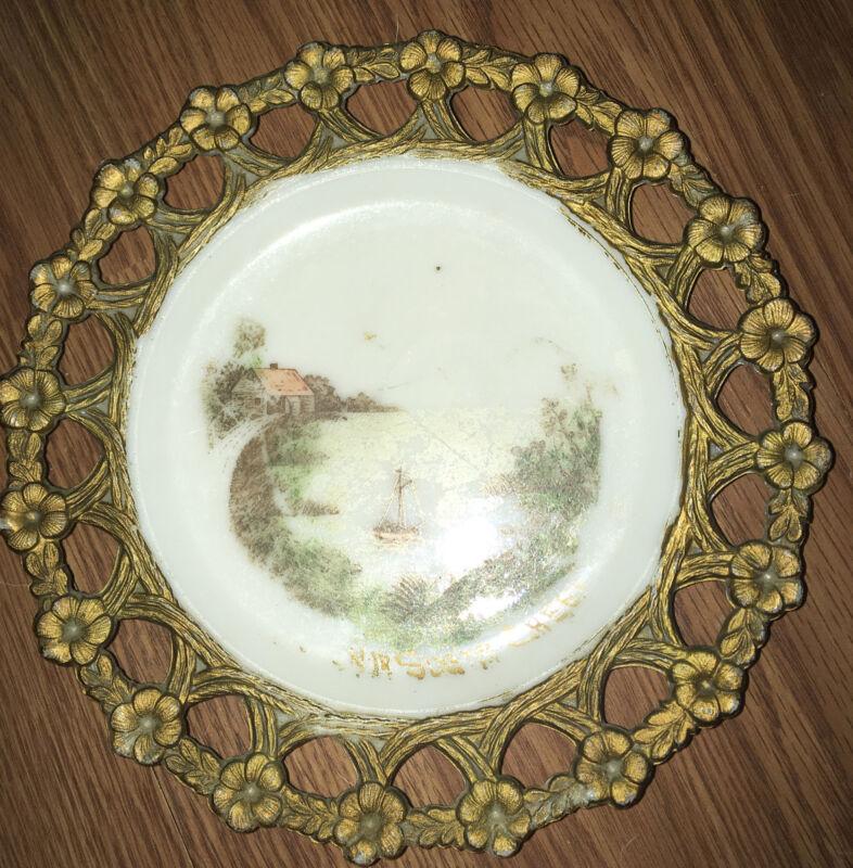Vintage Antique 1900's Sugar Creek,Ohio Souvenir Milk Glass  Plate
