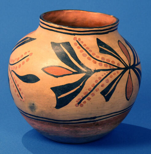 "Santo Domingo Polychrome Pottery Jar / Olla W/ Floral Pictorial C.1900 10"" X 9"""