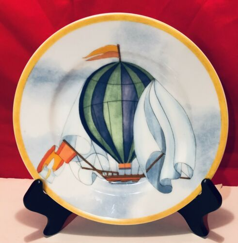 Williams Sonoma Blue/Green Hot Air Balloon Montgolfiere 7.75 Plate EXCELLENT - $14.99