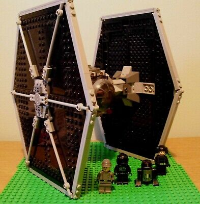 LEGO STAR WARS TIE FIGHTER 9492 100% COMPLETE WITH  FIGURES AND MANUAL  (NO BOX)