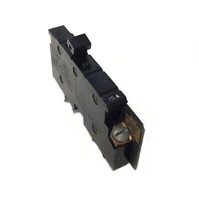 Square D Cutler Hammer 15 Amp 15A Single Pole Circuit Breaker Type XO XO115