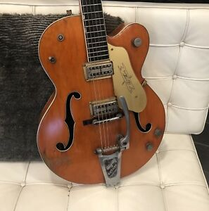 Looking for vintage Gretsch electric guitars