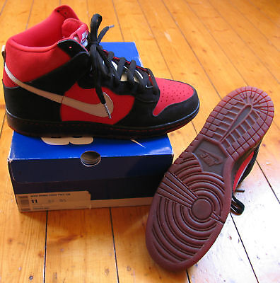 NIKE DUNK HIGH PRO SB Rot - Schwarz, 11 - Schwarz Nike Dunk