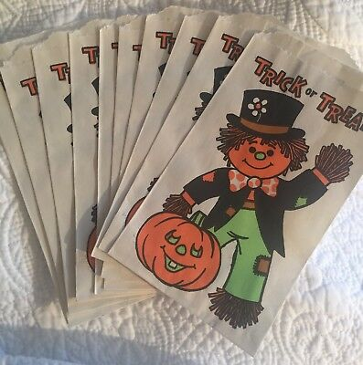 VINTAGE HALLOWEEN 🎃 TRICK or TREAT CANDY BAGS SCARECROW BUNDLE OF 10