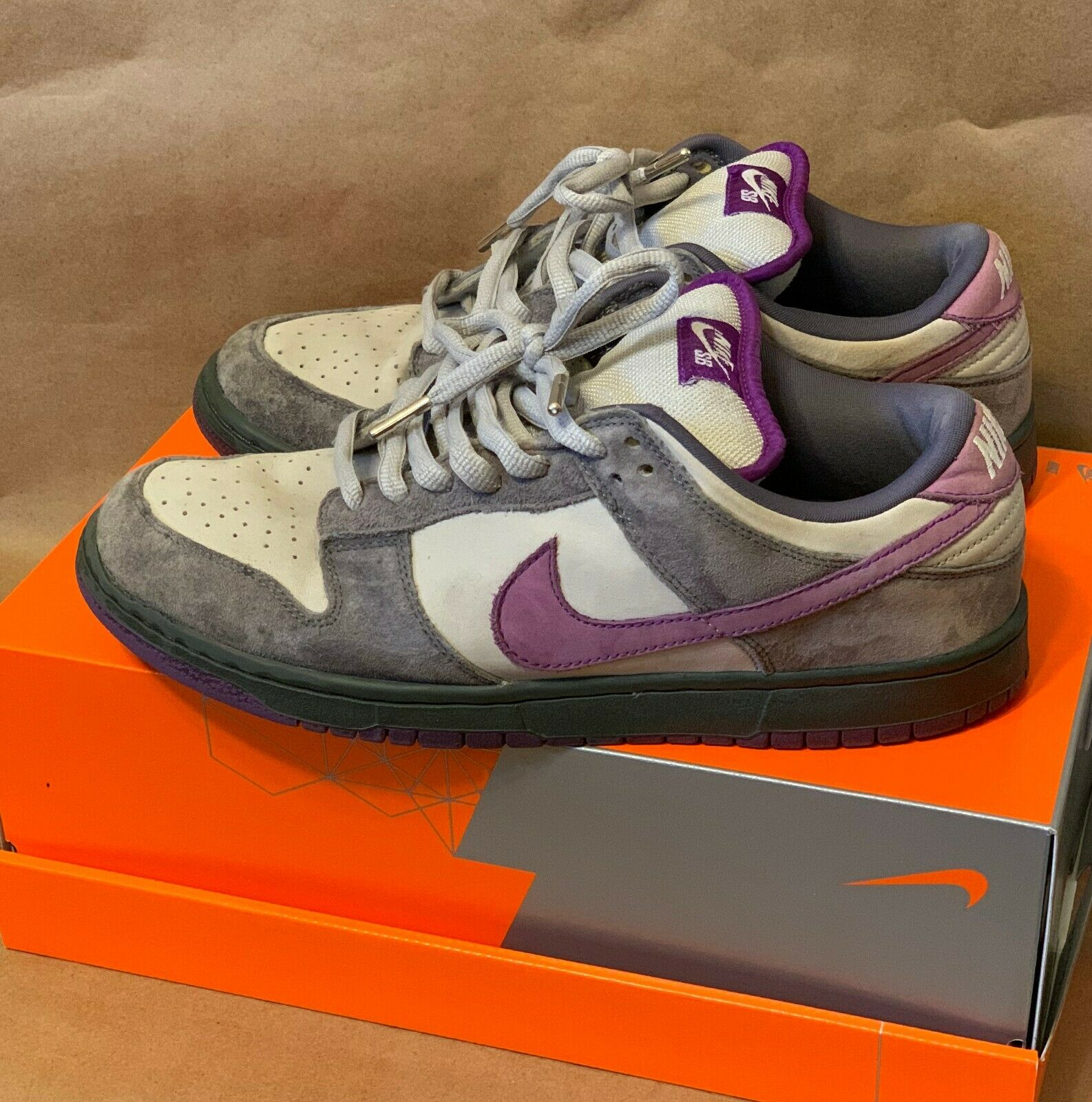 Nike SB Dunk Low Premium Purple Pigeon 2006 Size 11 AUTHENTIC – NO RESERVE