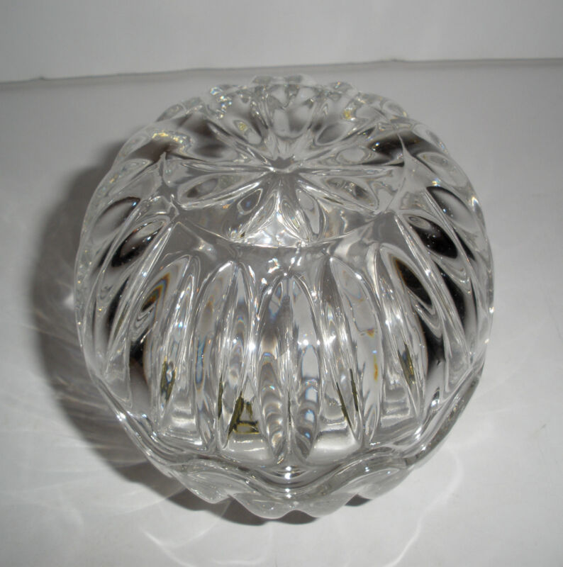 Vintage 24% Lead Crystal Small Egg Two Piece Ribbed Dish Rounded Yugoslavia