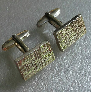 QUALITY-VINTAGE-CUFFLINKS-1960S-1970S-GOLDTONE-METAL-RETRO-MOD-TEXTURED-DESIGN