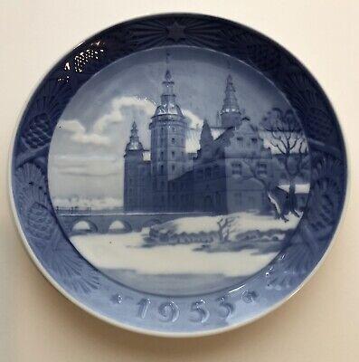 Royal Copenhagen Denmark 1953 Fredericksburg Castle Hillerod Christmas Plate 7in