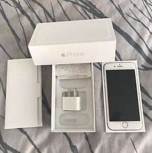 iPhone 6s- immaculate condition Griffin Pine Rivers Area Preview