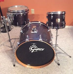 Gretsch Renown Maple drum kit with vintage Yamaha snare