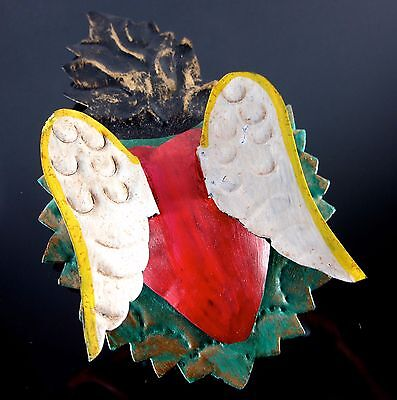 Sacred Heart Wings Mexican Hand Made Folk Art Tin Wall Hanging Ornament 5x3.1