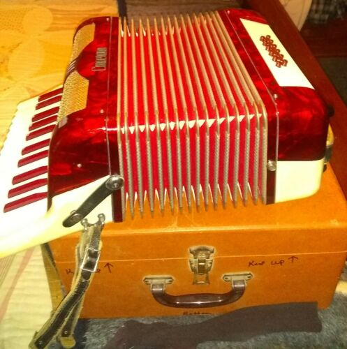 CAMENANO  ACCORDION  made in Italy