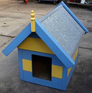 Small Medium Wooden Dog House Kennel Painted with Corrugated Roof Glen Iris Boroondara Area Preview