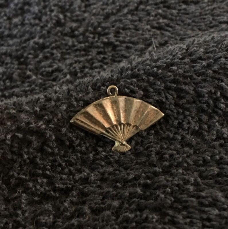 Sterling Silver ~0.5 grams Folding Fan Charm #B401