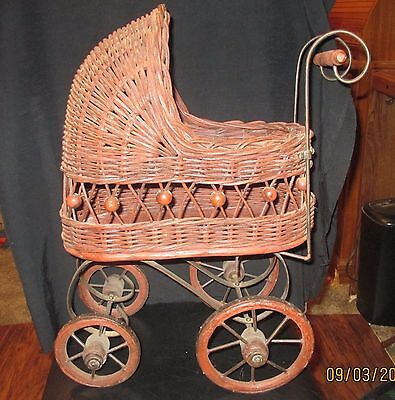 Vintage Baby Doll Carriage/Stroller~ Wicker