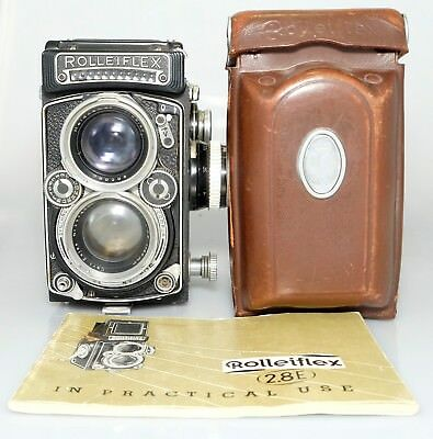 Rolleiflex 2.8 E TLR Camera Planar 80/2.8 and heidosmat lens and light meter