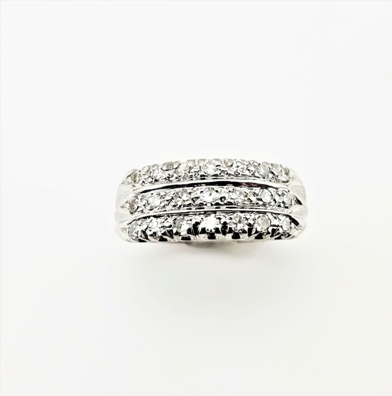 Vintage 14 Karat White Gold and Diamond Wedding Band Size 5.75 #8134