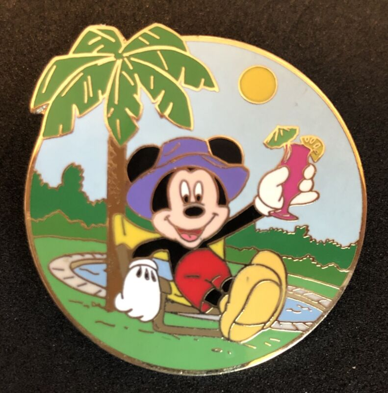 Disney Cruise Line Surprise Release Pin Poolside Mickey Mouse LE 500 DCL
