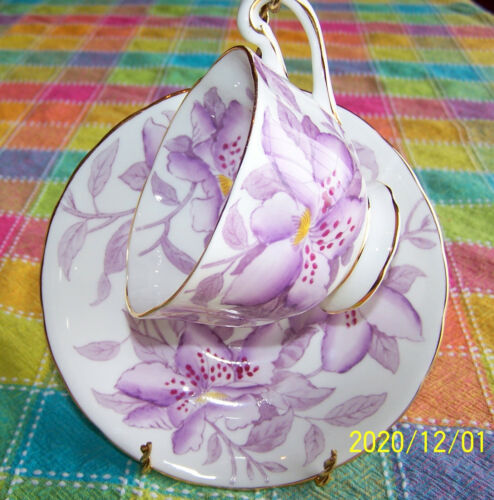 Royal Chelsea English Bone China Teacup and Saucer Set Purple Flower Lily