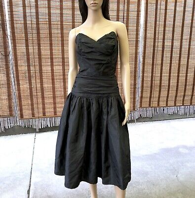 80s Dresses | Casual to Party Dresses VINTAGE 80s Black TAFFETA Sweetheart STRAPLESS Party PROM Midi DRESS Size 8/10 $66.32 AT vintagedancer.com