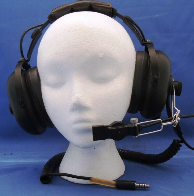 Astrocom Model 11175A Military Aviation Headset with M-87 mic