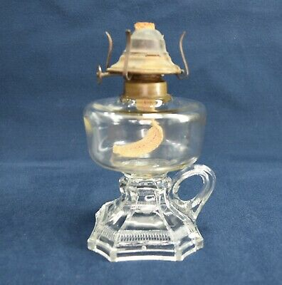 1890's ANTIQUE FINGER OIL LAMP BOLTON PATTERN BANNER BURNER