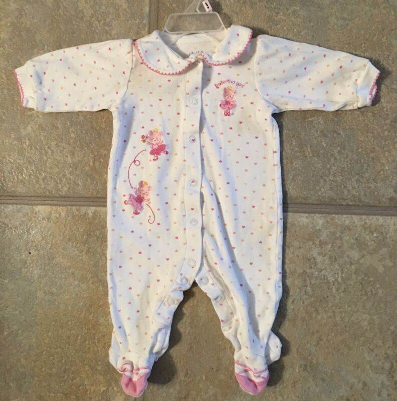 Carter's Girl's Size 0-3 Months White Sleeper With Pink Hearts & Bear Ballerinas