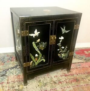 Small Oriental Hand Painted Shoe Cabinet