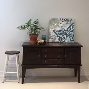Display cabinet / Dining sideboard