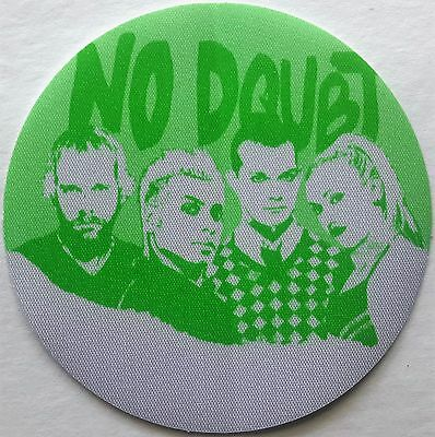 **** NO DOUBT **** - SATIN BACKSTAGE PASS - 2002 TOUR - EXCELLENT - GWEN STEFANI