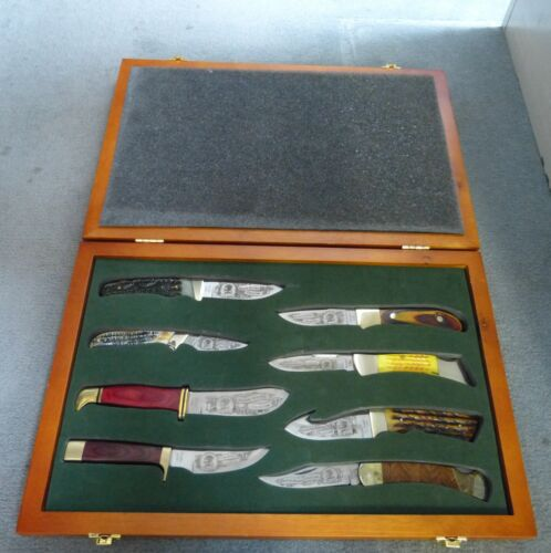 NORTH AMERICAN HUNTING CLUB HUNTING HERITAGE COLLECTION 8 KNIFE SET WITH DISPLAY