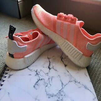 Adidas NMD R1 Sunglow
