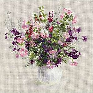 RIOLIS 1010  Summer Bouquet  Counted  Cross Stitch  Kit